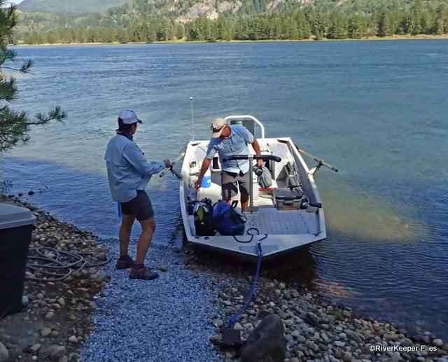 Typical Upper Columbia River Boat | www.johnkreft.com
